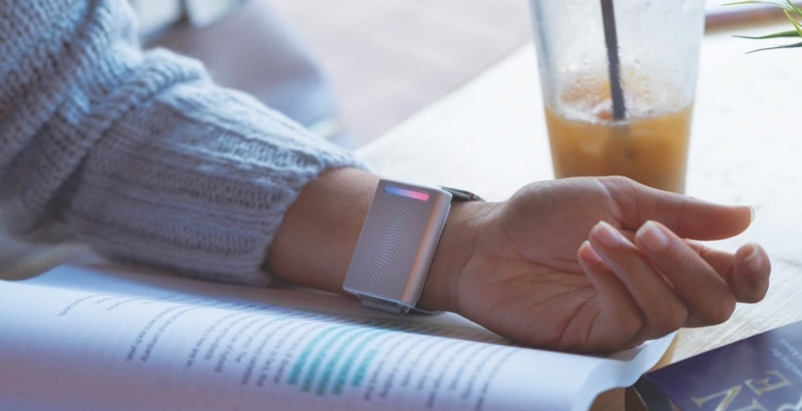 Forget the wall thermostat: Wear one on your wrist instead